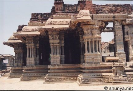 Vijayanagar03